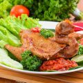Ayam Bekakak Bakar Pedas
