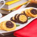 Cookies Crunchy 2 Warna
