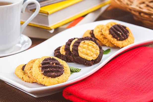 Cookies Crunchy 2 Warna