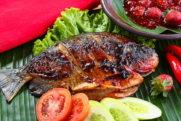 Ikan Bakar Sambal Strawberry