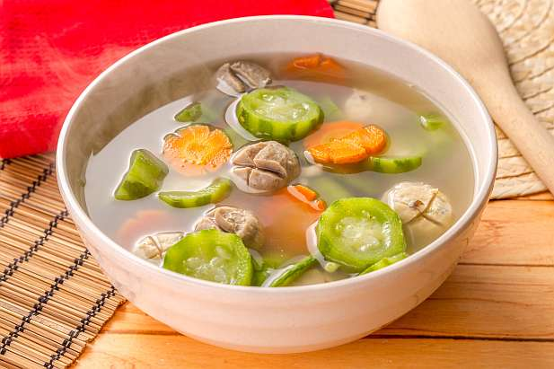 Sup Oyong Wortel Bakso