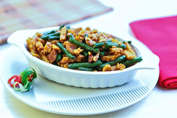 Tumis Tempe Kacang Panjang Pedas