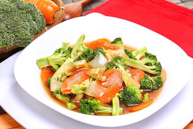 resep tumis brokoli wortel